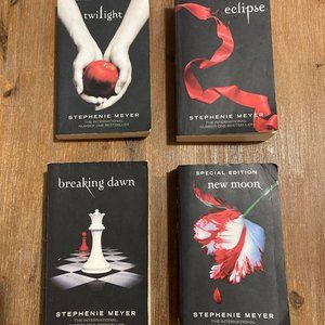 Twilight Book Series x4 (Special Edition)